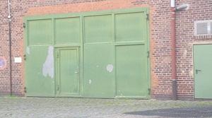 Lagerhalle in Kassel mit großem Tor, WC und Teeküche – Kassel-Bettenhausen