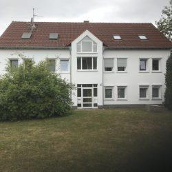 Eigentumswohnung in Kassel-Baunatal - Eingangsbereich des Hauses